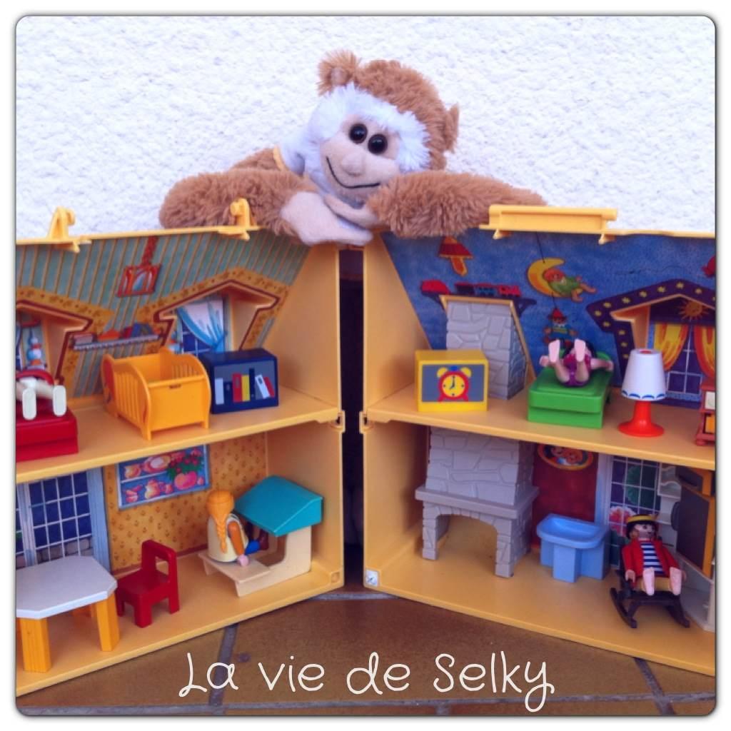 130513 Selky a plein de choses dans sa maison